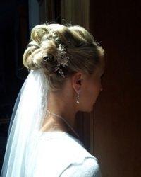bride-hair-styles